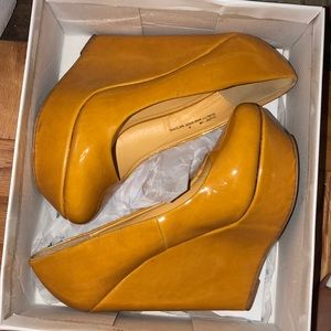 Shoes - MOVING! Need gone! Patent leather yellow wedge
